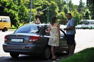 biznes-ideya-chastnyj-instruktor-po-vozhdeniyu-avtomobilya